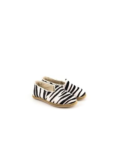 Aintap Ayakkabı Zebra